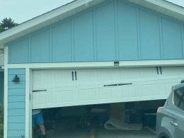 Emergency Garage Door Repair For Garage Door Off Track in Panama City Beach